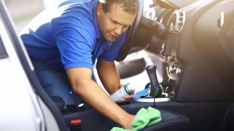มาดู 5 วิธีดับกลิ่นบุหรี่ในรถให้หายเป็นปลิดทิ้ง ทำได้อย่างไร