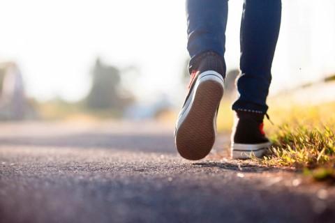 แชร์วิธีกำจัดกลิ่นรองเท้าแบบต่างๆ ทำได้อย่างไรบ้าง